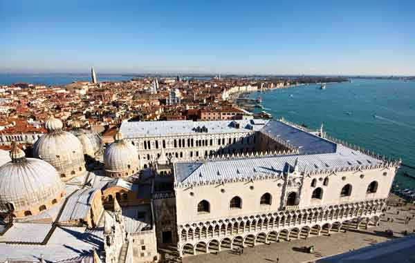 VeniceAboveView©iStock
