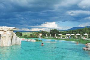 Tuscanys Top 10 Beauty Spots - Italy Travel and Life  Italy Travel and ...
