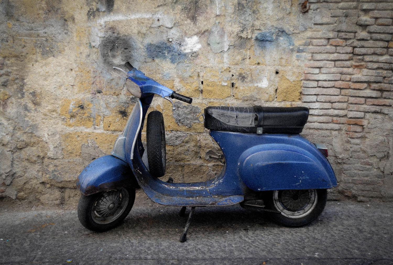 Vespa in rome italy travel and life italy travel and life for Vespa com italia