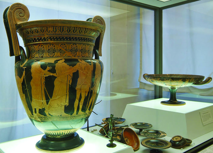 Vase in Archeological Museum - courtesy Provincia  di Ferrara - Massimo Baraldi