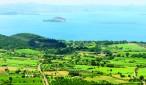 Lake Bolsena lies in Alto Lazio, in the north of the province of Viterbo.