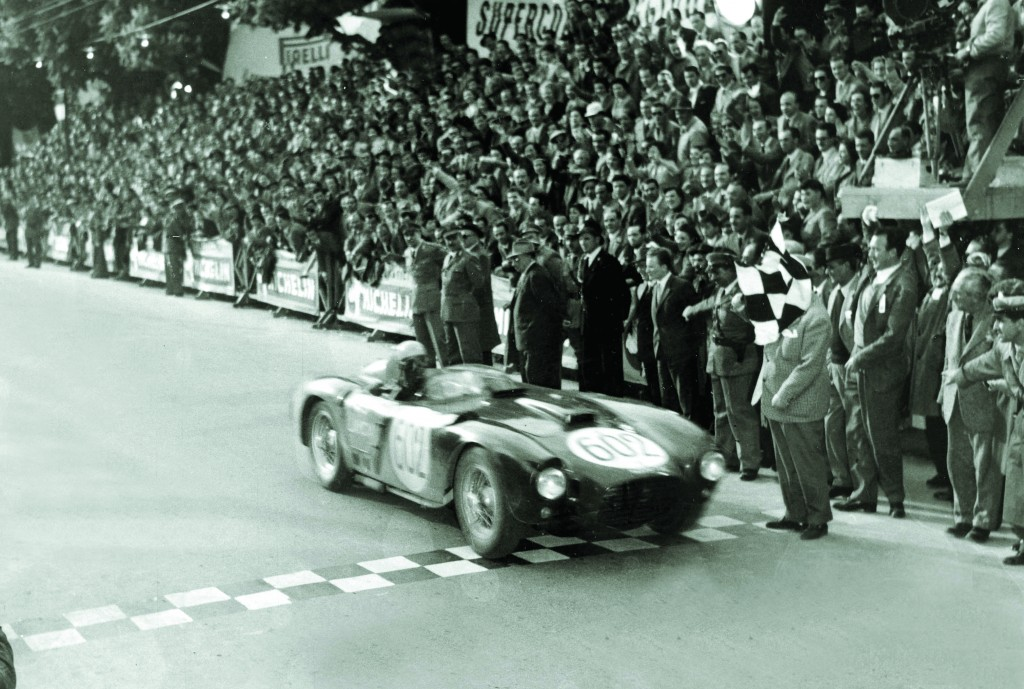 A5CE58 Motor Racing Personalities pic 5th May 1954 Italian motor racing ace Alberto Ascari wins the Mille Miglia race in a Lancia Alberto Ascari 1918 1955 won the world championship in 1952 and 1953 driving a Ferrari in 1952 he won 6 out of the 7 races Shortly af