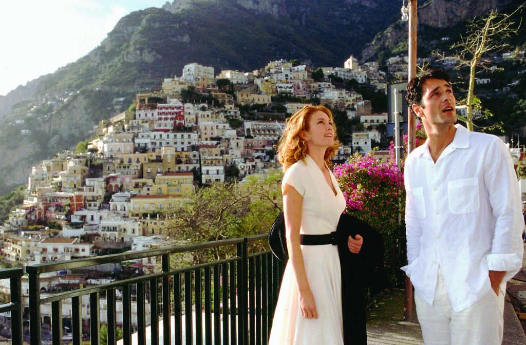 Title: UNDER THE TUSCAN SUN ¥ Pers: LANE, DIANE  /  BOVA, RAOUL ¥ Year: 2003 ¥ Dir: WELLS, AUDREY ¥ Ref: UND090AD ¥ Credit: [ TOUCHSTONE / THE KOBAL COLLECTION ]