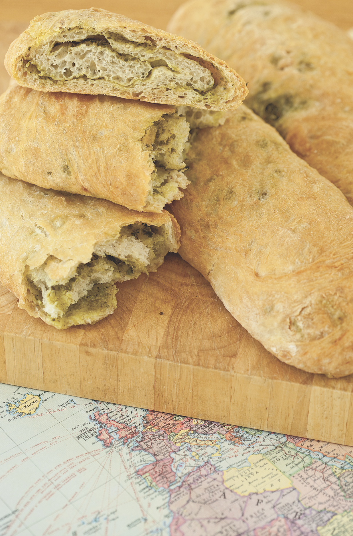 Easy Italian Pesto Bread Recipe