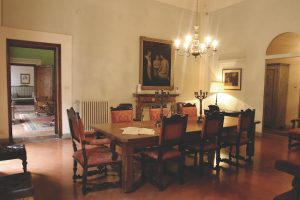 casa guide dining room florence