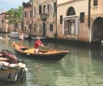 Learning to row in Venice