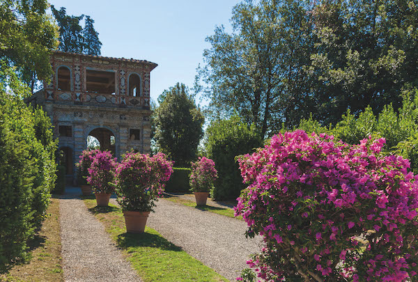 Villa reale Giardino spagnolo e Grotta di Pan