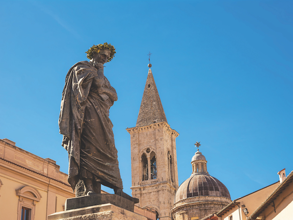 Statue of Ovid in Sulmona