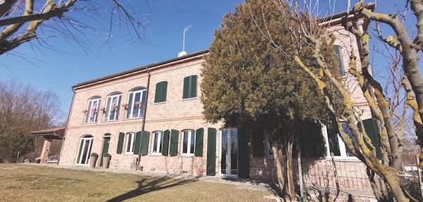 Castiglione cascina