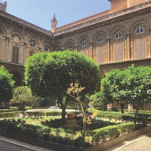 Galleria Doria Pamphilj courtyard