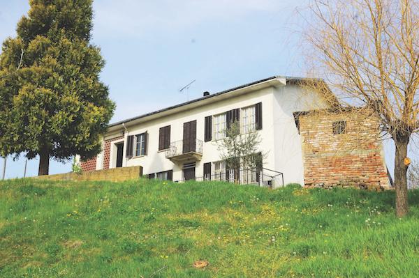 Nizza Monferrato house, Piedmont