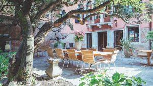 walled garden, hotel heureka