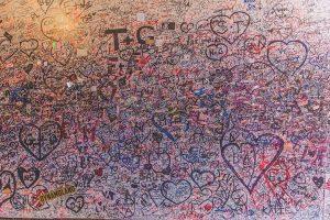 Romantic graffiti