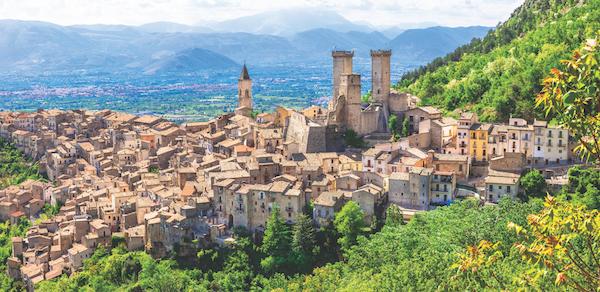 Pacentro, homes in Abruzzo