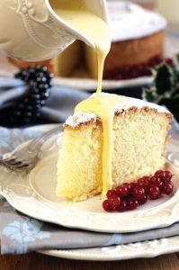 Paradise cake with hot zabaglione